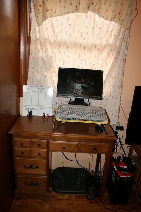 stand_desk_wendy